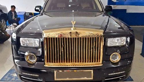 Rolls-Royce Phantom độ vàng 24k ở Hà Nội - 1