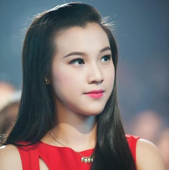 Vũ Ngọc Hoàng Oanh hiện là MC rất được yêu thích trong các chương trình của Today TV, HTV2, HTV7.