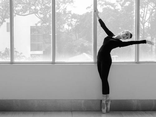 Yến Trang căng thẳng trở lại sàn nhảy - 1