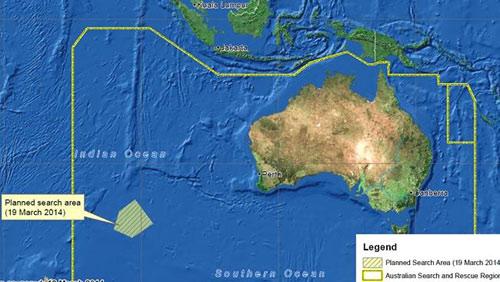 Vụ MH370: Úc phát hiện mảnh vỡ dài 24m trên biển - 1