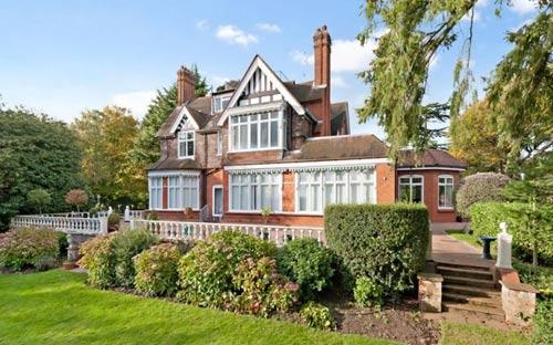 Những ngôi nhà triệu bảng được rao bán - 1