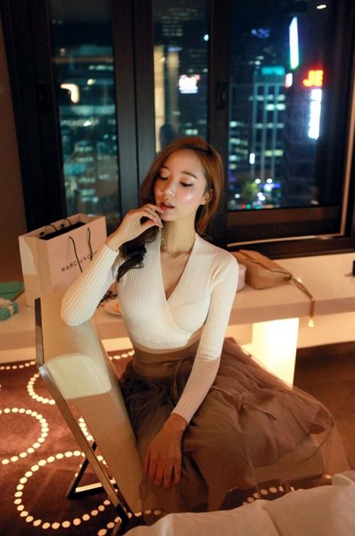 Áo thun trắng không dễ mặc như bạn tưởng - 9