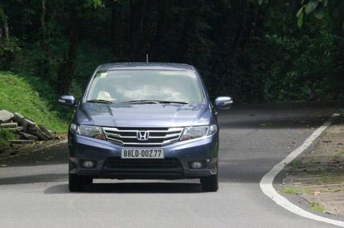4 ô tô cỡ nhỏ trong tầm giá 600 triệu đồng - 1