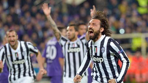 Fiorentina-Juventus: Cú đá phạt thần sầu - 1
