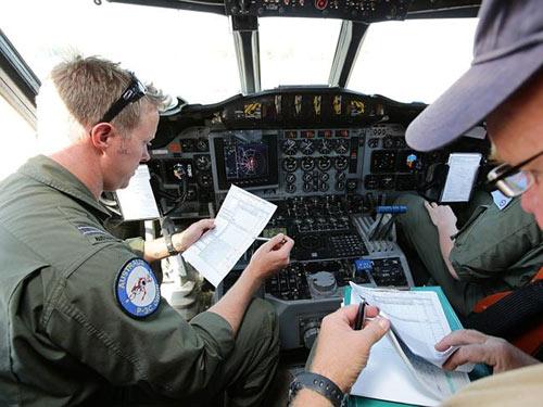 Cận cảnh sát thủ săn ngầm tìm kiếm MH370 - 3
