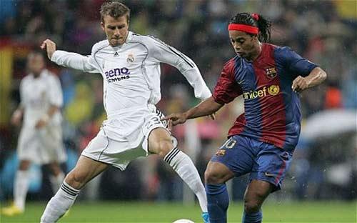 Real-Barca rực lửa: Ronaldinho & siêu phẩm ở Bernabeu (P3) - 1