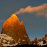 """Du lịch - Ấn tượng ngọn núi """"hút thuốc"""" ở Argentina"""