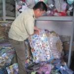 Thị trường - Tiêu dùng - Tiêu hủy 420.000 sản phẩm đồ chơi Trung Quốc