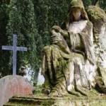 """Du lịch - Ghê rợn những nghĩa địa """"thiên thần"""""""