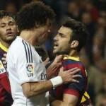 Bóng đá - Pepe bóp cổ Cesc, Busquets đạp đầu Pepe