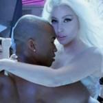 Ca nhạc - MTV - Lady Gaga hở trọn vẹn trong MV sử thi