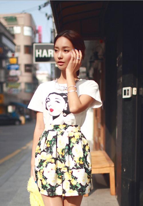 Áo phông họa tiết năng động chào hè - 11