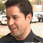 Phi thường - kỳ quặc - Cảnh sát bị dân viết giấy phạt vì đậu xe trái phép