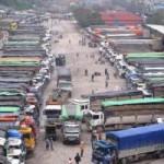 Thị trường - Tiêu dùng - Hàng ngàn xe dưa hấu tắc ở cửa khẩu Tân Thanh