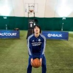 Bóng đá - Chelsea thi ném rổ: Hazard, Luiz xếp bét