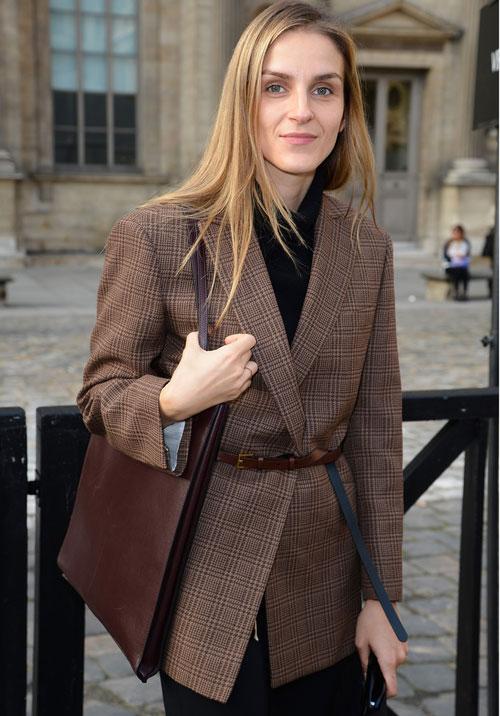 Biến tấu mới mẻ cho chiếc áo khoác blazer - 10