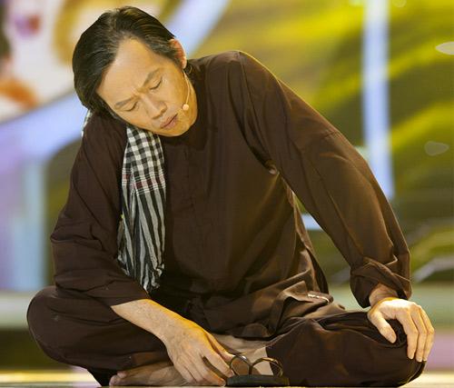 Hoài Linh bị con trai thuyết phục - 11