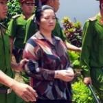 Vợ bí thư xã giết người: Xin giảm án vì ăn năn