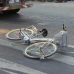 Tin tức trong ngày - Học sinh lớp 6 chết thảm dưới bánh xe container