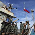 Tin tức trong ngày - Tàu Philippines và TQ đụng độ 2 giờ ở biển Đông