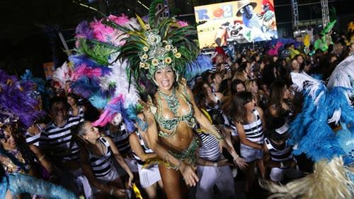 Video: Vũ hội samba lập kỷ lục thế giới - 2