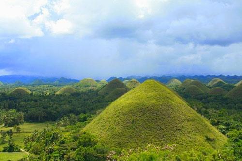"""Đẹp ngỡ ngàng ngọn đồi """"Sô-cô-la"""" ở Philippines - 5"""