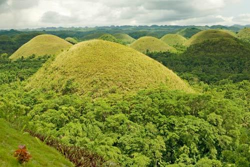 """Đẹp ngỡ ngàng ngọn đồi """"Sô-cô-la"""" ở Philippines - 11"""