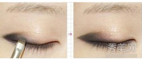 Đơn giản hóa cách trang điểm mắt mèo - 4