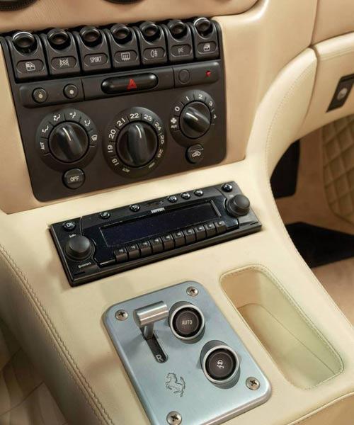 Cận cảnh siêu xe cực hiếm Ferrari 575 GTZ - 6