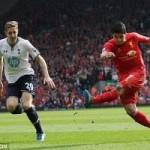 """Bóng đá Ngoại hạng Anh - Video: Suarez """"đại náo"""" hàng thủ Tottenham"""