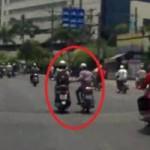 An ninh Xã hội - Camera ôtô quay cảnh tên cướp giật đồ cô gái