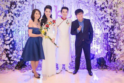 Lê Khánh hạnh phúc bên chồng trong lễ cưới tại Sài Gòn - 21