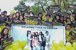 Fan Việt phấn khích nhảy flashmob đón T-ara tới Việt Nam
