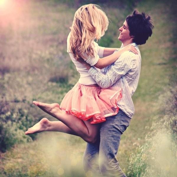 """Tình yêu """"thật sự"""" không đến từ lý trí"""