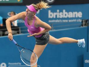 """Sharapova - Shvedova: """"Hủy diệt"""" đối thủ (V2 Brisbane)"""
