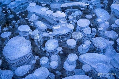 Kỳ vĩ của những hồ nước đóng băng trên thế giới - 8
