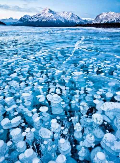 Kỳ vĩ của những hồ nước đóng băng trên thế giới - 7