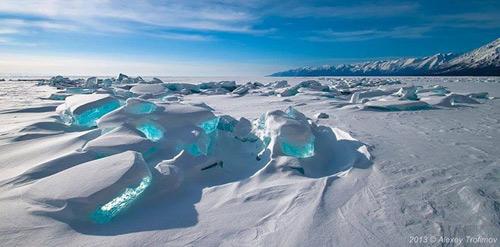 Kỳ vĩ của những hồ nước đóng băng trên thế giới - 4