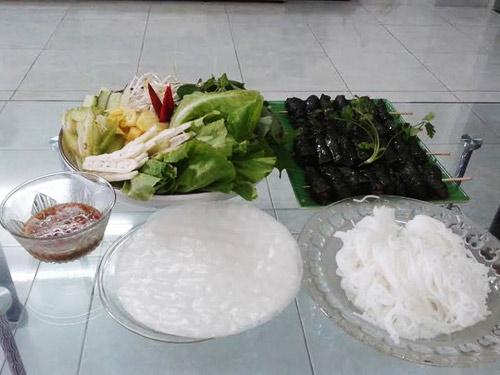 Bò nướng lá lốt: Bí kíp dụ trẻ ăn rau - 1