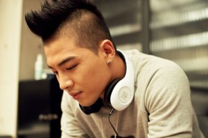 Xôn xao nghi vấn Taeyang (Big Bang) đạo nhạc