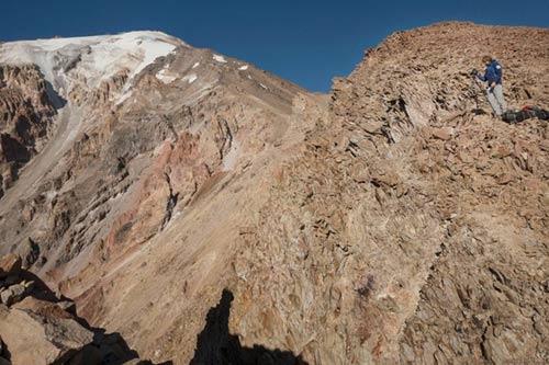 Kỳ thú dòng sông băng ở Iran - 3