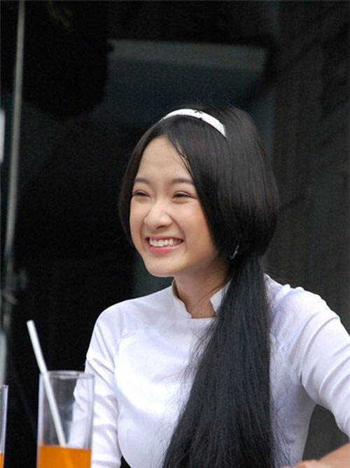 Hành trình hóa mỹ nhân của Angela Phương Trinh - 3