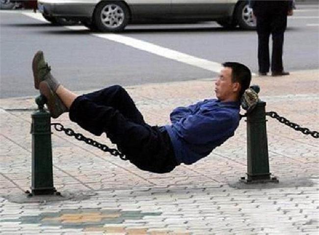 Kung-fu ngủ trên dây là đây