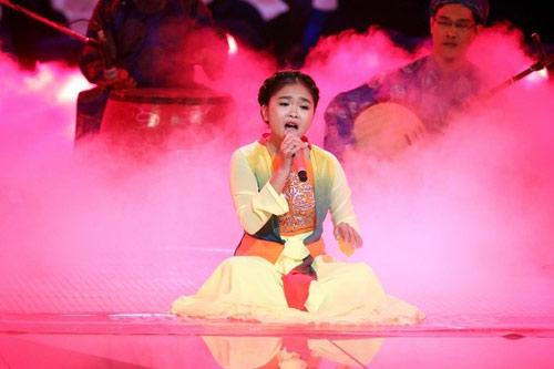 """Những ca sĩ nhí Việt """"hot"""" nhất năm 2014 - 3"""
