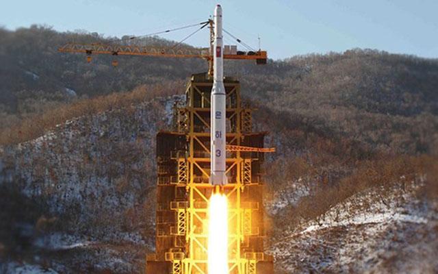 """Triều Tiên hứa """"ngừng thử hạt nhân"""" nếu Mỹ hủy tập trận với Hàn Quốc - 1"""