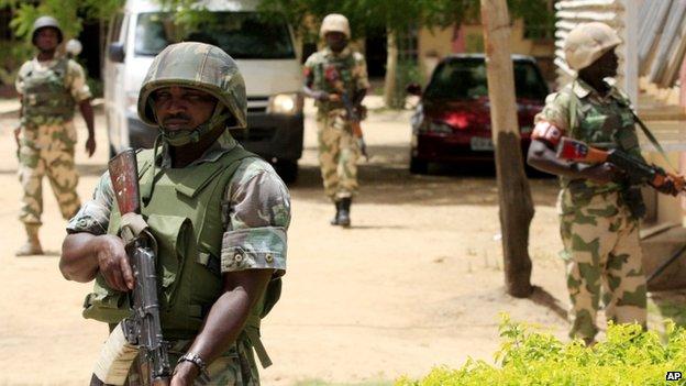 Bé gái 10 tuổi đánh bom tự sát, giết 19 người ở Nigeria - 1