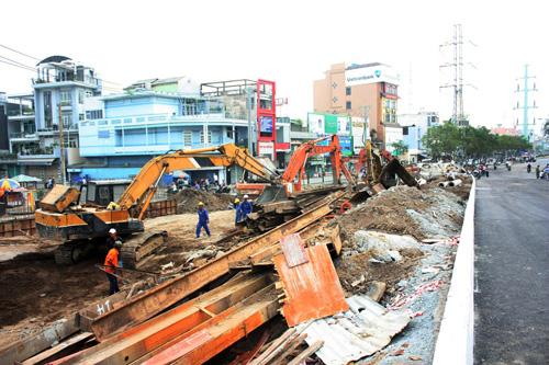 TPHCM: Cầu Ông Buông 2 được thông xe, kẹt xe sẽ giảm - 4
