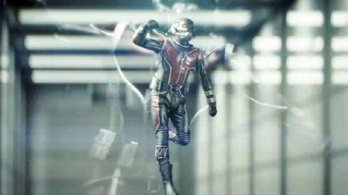 Siêu anh hùng mới của Marvel khoe cơ bụng 6 múi - 3