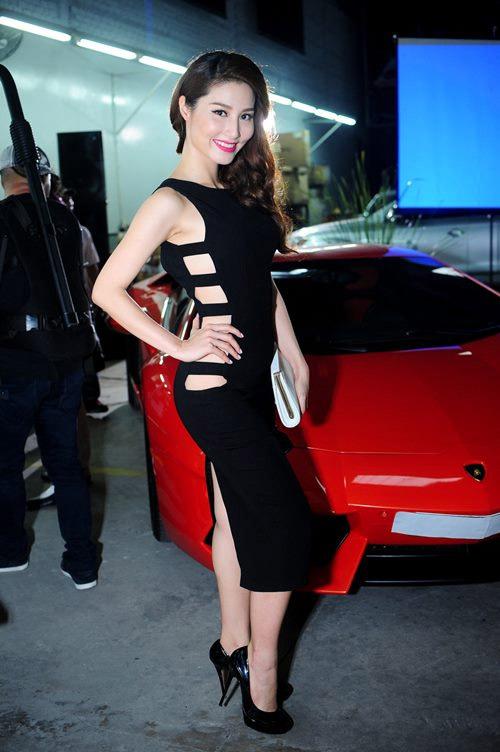 Diễm My: Người đẹp 9X mặc sexy nhất nhì showbiz Việt - 4