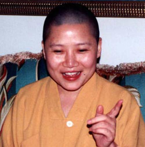 Những mỹ nhân Hoa Ngữ xuất gia theo đạo Phật - 8